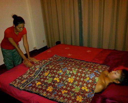 Full Body Postnatal Massage
